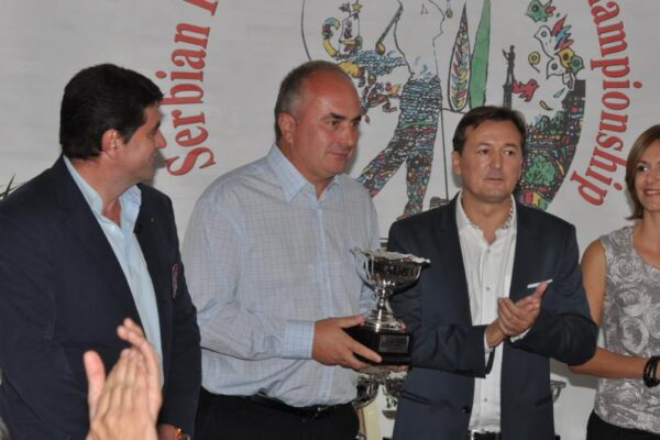 golf-klub-beograd-xi-internacionalno-amatersko-prvenstvo-srbije-14i15092012-nagrade-15